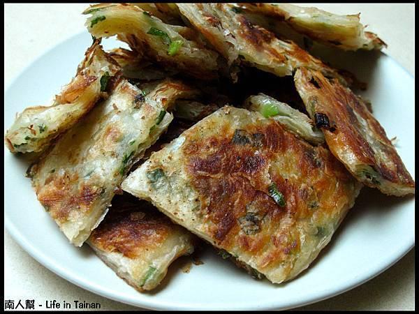 燕京蔥油餅-蔥油餅(一張80元)02