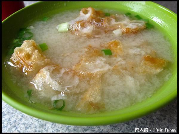 台南西門路老店菜粽-味噌湯(10元)