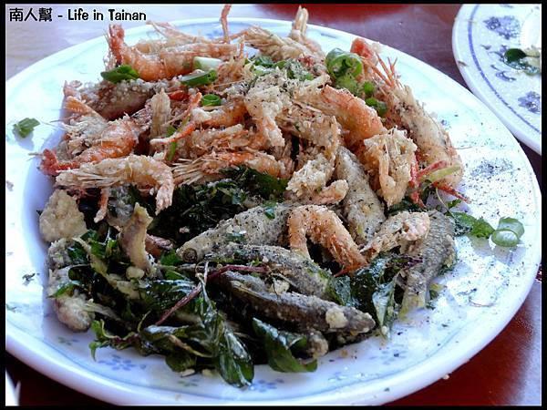 梅嶺文川梅仔雞-溪蝦+溪魚