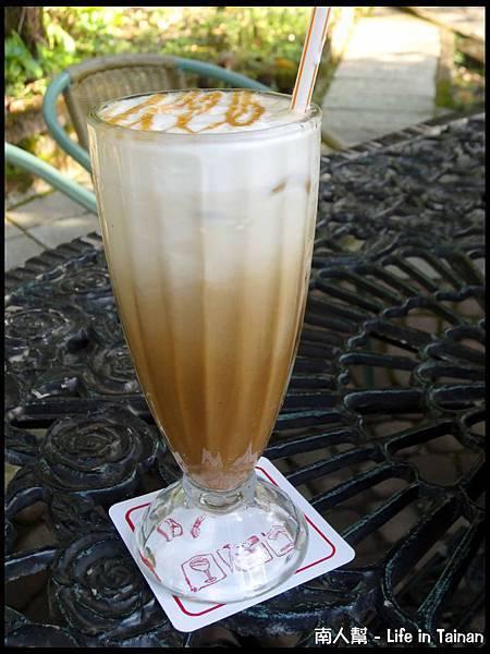 文川咖啡-焦糖瑪奇朵(80元)