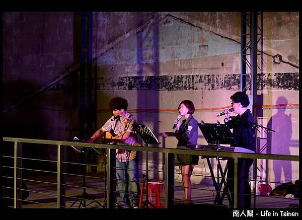 黃依琳在台客夜市(2013.02.28)-1