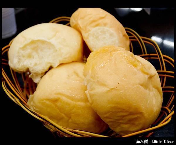 板塊BK牛排-麵包