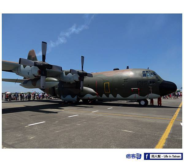 C-130H力士型運輸機-01.jpg