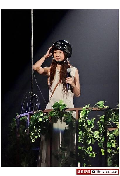陳綺貞2013台北小巨蛋演唱會時間的歌-15.jpg