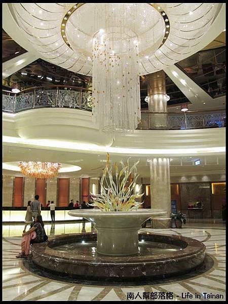 皇冠假日飯店05.JPG
