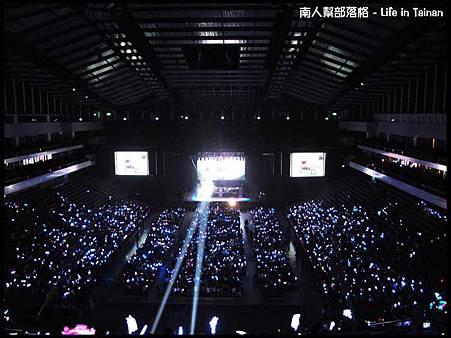 台北-台北小巨蛋2(這是演唱會演出前拍攝的,主要是和大家分享大家聚在一起的喜悅).jpg