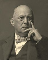 Aleister_Crowley,_thinker