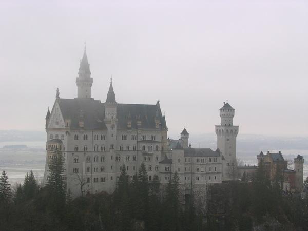 城堡在虛無飄渺間