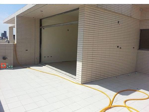 縣府全新電梯別墅8
