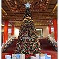 好日子,也是耶誕夜...圓山飯店大廳的耶誕樹
