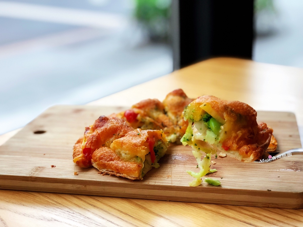 香投咖啡蔬果披薩