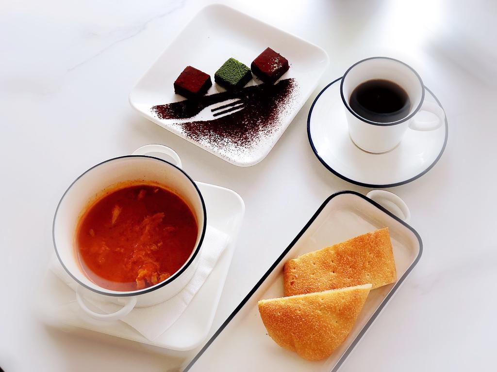 永希咖啡 VIS A VIS COFFEE