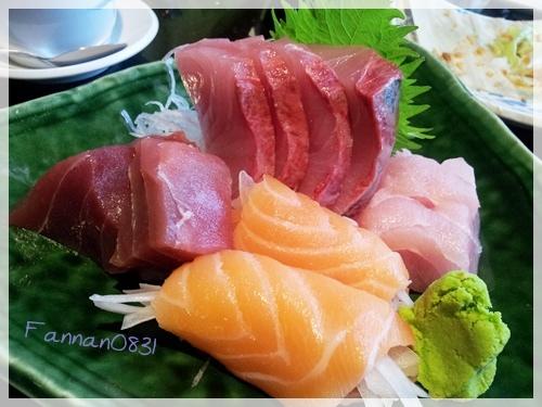 三牛日本料理,鮭魚捲洋葱,好吃定食,三牛日本料理,鮭魚捲洋葱,好吃定食