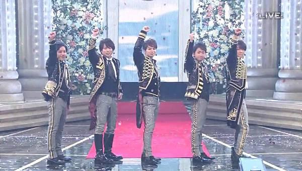 [Live]20151231_NHK紅白歌合戰 嵐cut.mp4_20160101_024113.250