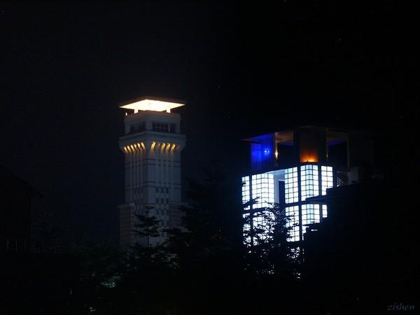 理科大樓燈