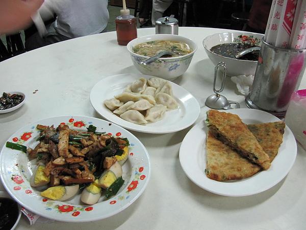 客家傳統中式餐點 真的很好吃耶!
