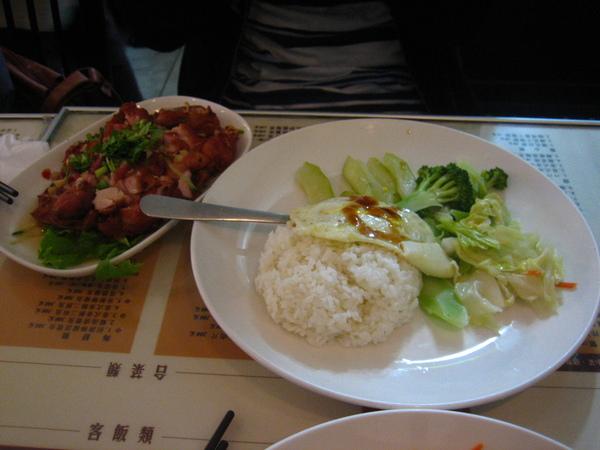 最推薦餐點 泰式焦麻雞