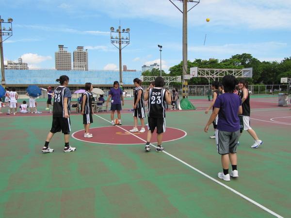 中興籃球場