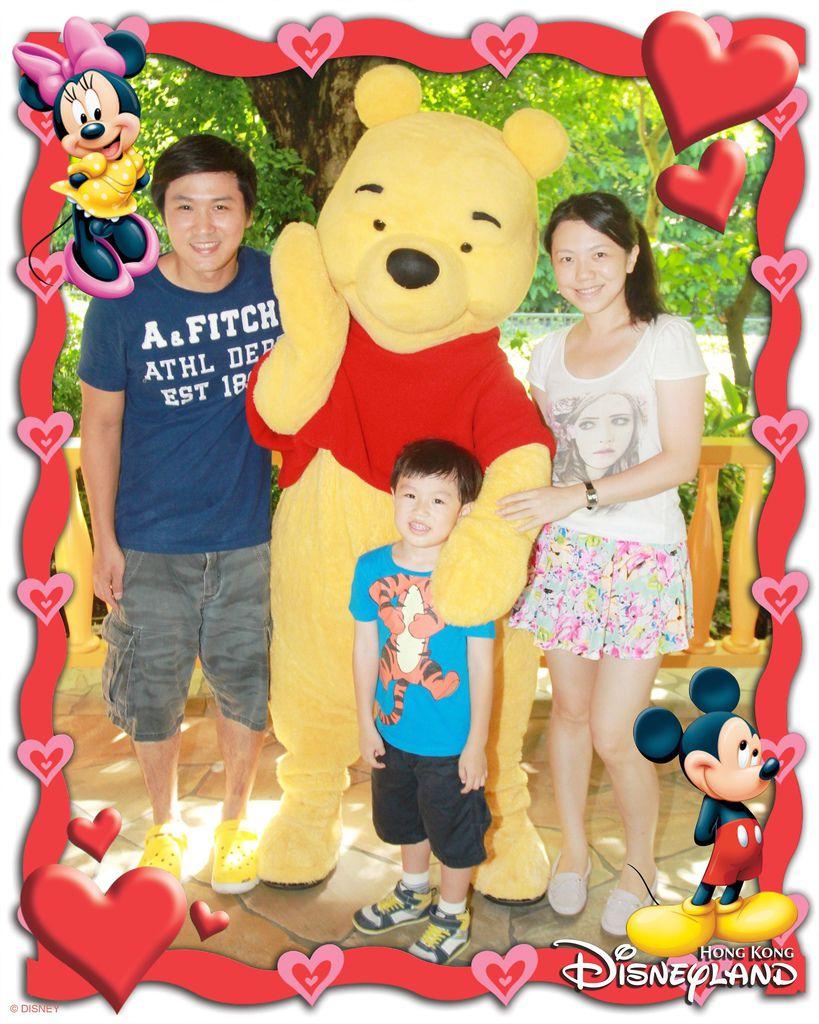 Disney PhotoPass-HKDPARK-FGPooh NV-id791966_withBorder