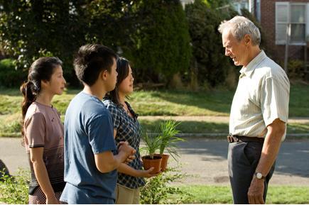 陶的家庭希望能報答華特的解救之恩