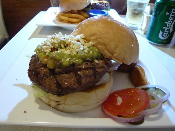 酪梨醬牛肉堡 Guacamole beef burger