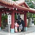 看到日本ㄧ家子來參加七五三祭祀