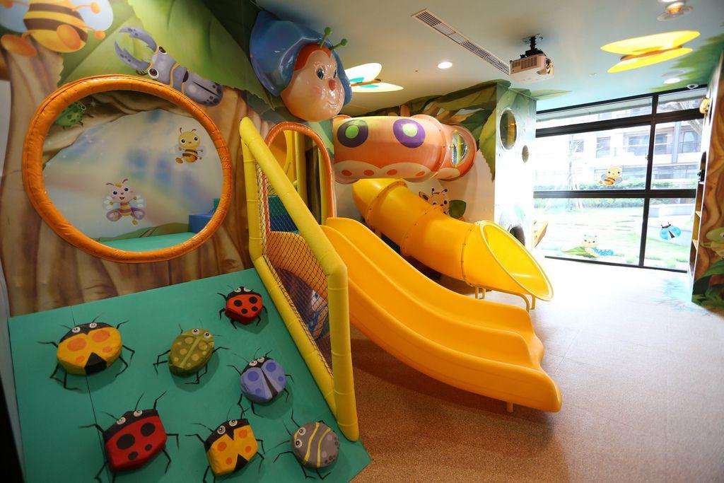 中和左岸/中和建案/紫金園-遠雄社區的兒童遊戲室