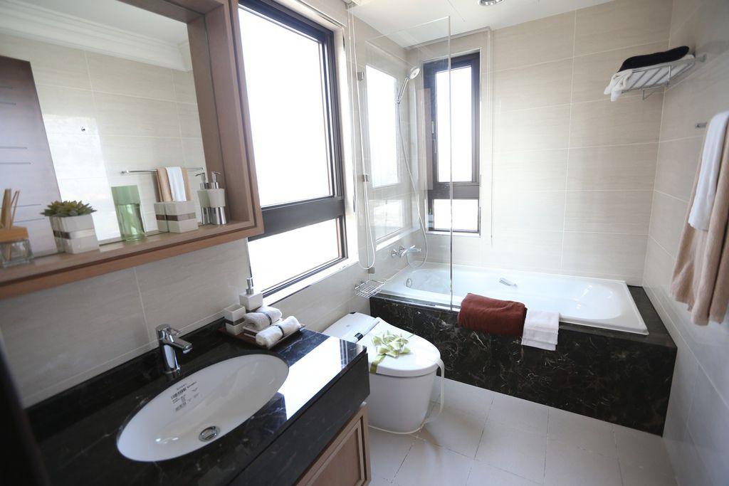 中和左岸/中和建案/紫金園-衛浴設備,石材裝潢實在是相當尊貴