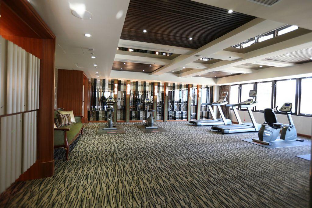 遠雄二代宅,設備良好的健身房-中和左岸/中和建案-彩虹園
