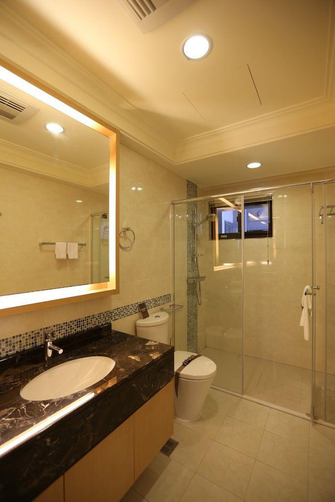 遠雄二代宅,公共衛浴的空間規劃乾濕分離設計-中和左岸/中和建案-彩虹園