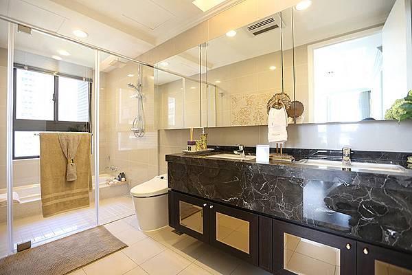 衛浴設備也都是頂級設施