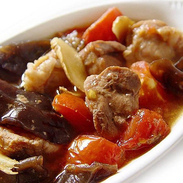 黑木耳、蕃茄燉肉