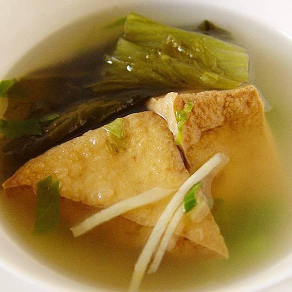 酸菜油豆腐湯!