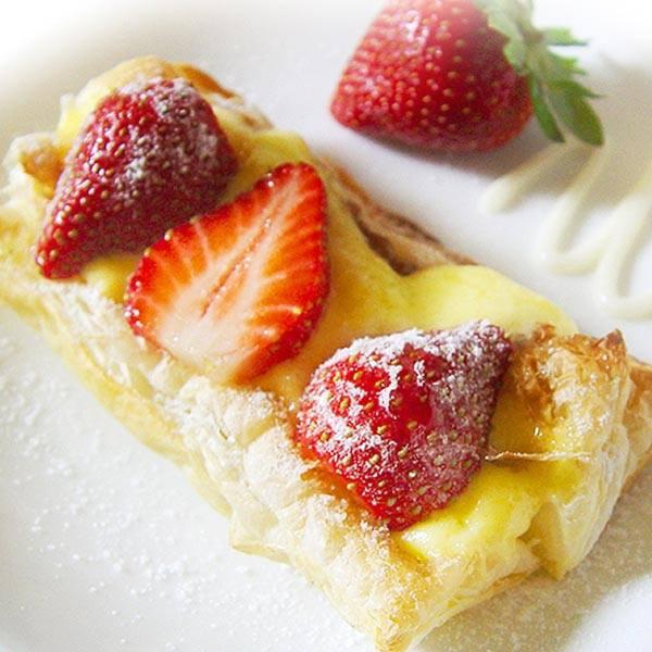 甜心草莓鬆派