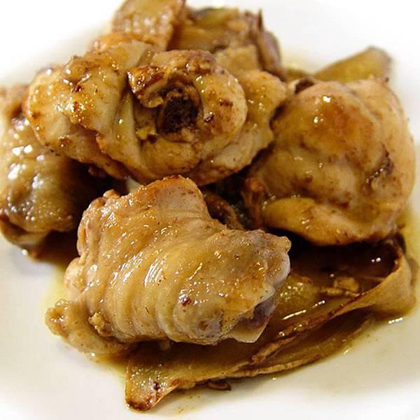 【厚生廚房】古法壓榨的黑芝麻油來煮麻油雞~就是讚喔!