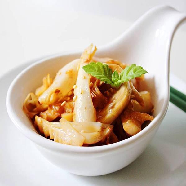 【厚生廚房】涼涼開胃好菜~~~美奶滋醬燒桂竹筍