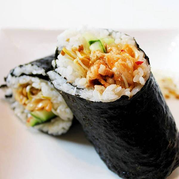 【厚生廚房】ma sip si yo在家也能吃韓飯!~泡菜燒肉飯捲