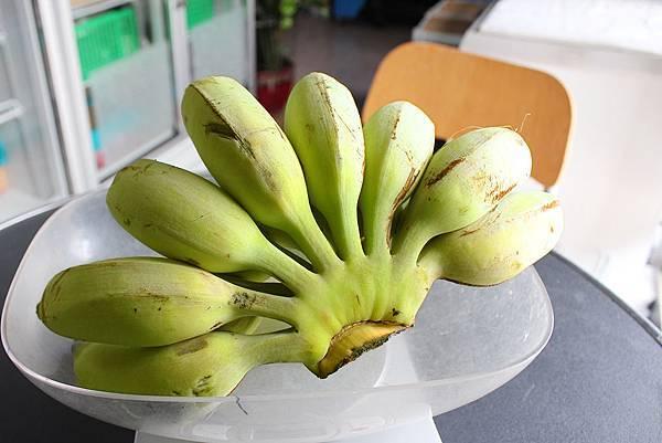水果本色-芭蕉剾枝.JPG