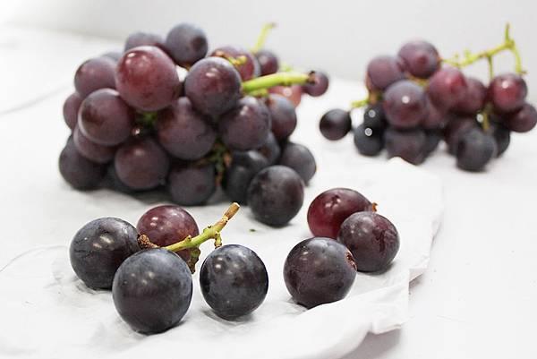 水果本色-葡萄落果.jpg