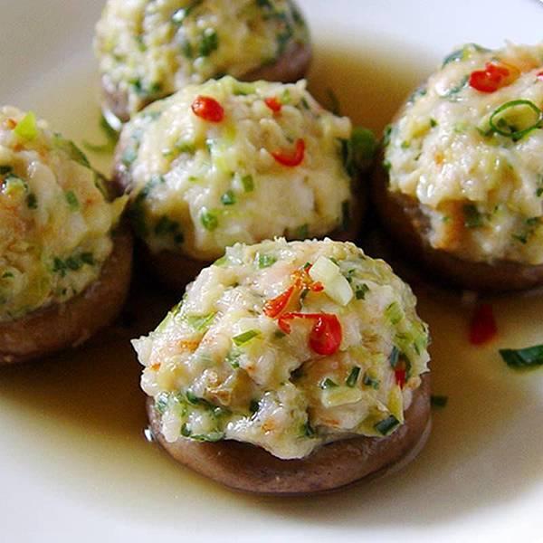 【厚生廚房】來道配飯吃光光的家常菜!! 香菇鑲蝦球~