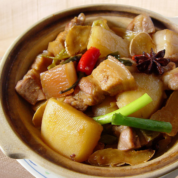 砂鍋馬鈴薯燒肉.jpg