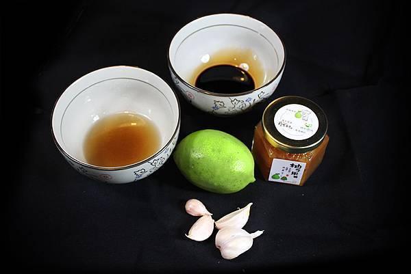 柚子烤肉醬2-1材料.jpg