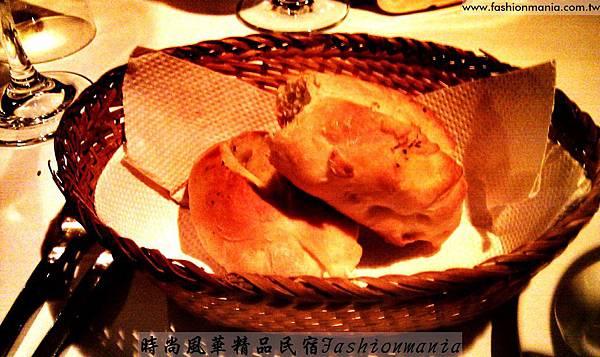 時尚風華精品民-1宿-哲屋義大利餐廳LOUNGE BAR  (12)