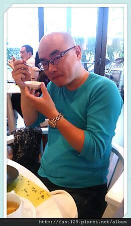 W Hotel 貴婦下午茶-手工冰淇淋吃的很開心