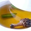 *法式羊肝菌菇清湯*