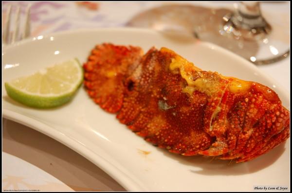 飛魚卵海膽醬焗烤蝦蛄
