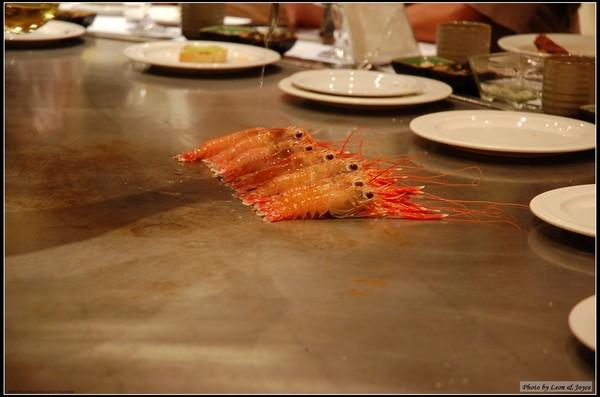 隔壁客人吃的小龍蝦.jpg