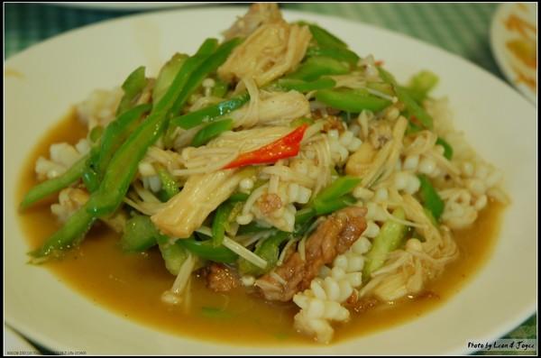 金針菇青椒炒豬肉