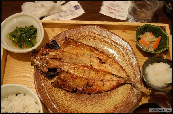 炭烤風乾竹筴魚定食(NT$270)+鹿尾菜飯(NT$30)