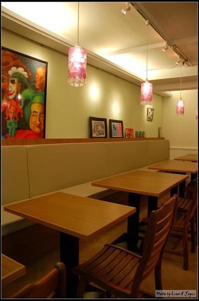 AM Cafe_座位區